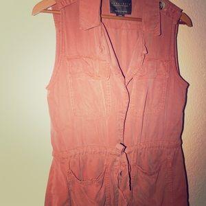 Sanctuary - peach colored tie-up jersey vest